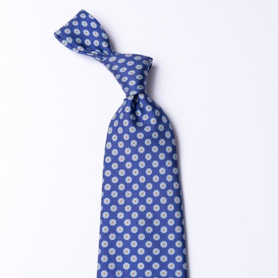 blaue krawatte aus seide mit blumenmuster. Black Bedroom Furniture Sets. Home Design Ideas