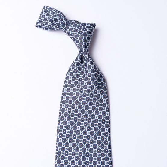 Weiße Krawatte aus reiner Seide  mit Blumenmuster bedruckt