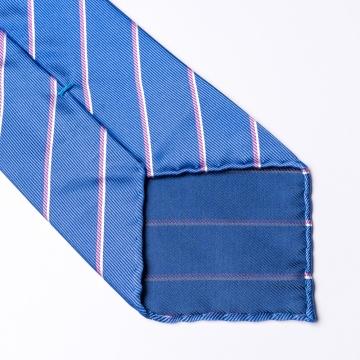 Blaue Krawatte  mit rosa Streifen
